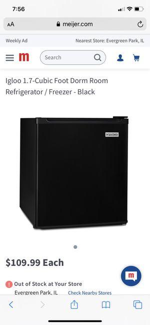 Mini Refrigerator for Sale in Chicago, IL