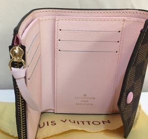 Women's Compact Wallet Emilie Wallet for Sale in Snohomish, WA