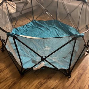 Regalo My Play® 8 Panel Foldable and Portable Play Yard with Carrying Case and Full UV Canopy, Teal for Sale in Phoenix, AZ