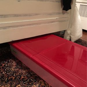 Set Of 2 Under the bed Plastic Container Storage Bins for Sale in Queens, NY