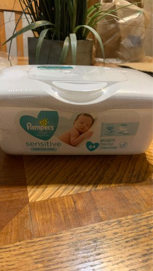 Pamper sensitive wipes for Sale in Riverside, IL