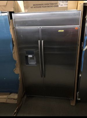 Brand new 48 inch wide refrigerator for Sale in Houston, TX