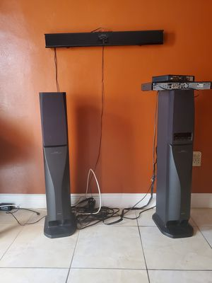 Sony home theater speakers and soundbar for Sale in Miami, FL