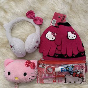 Hello Kitty Travel Accessories Bundle for Sale in Irvine, CA