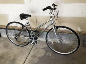 Trek 700 road bike inn exellent condition! for Sale in Nashville, TN