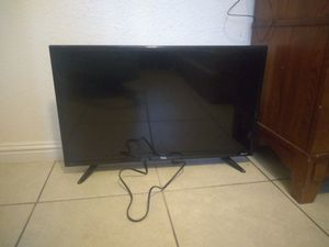 TCL TV FOR SALE 32 inch for Sale in Las Vegas, NV