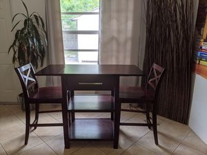 Counter height table with two chairs for Sale in Deerfield Beach, FL