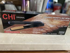 Brand new CHI Original ceramic hair straightener for Sale in Vancouver, WA