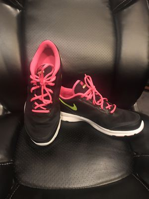 Women's Nike for Sale in Arlington Heights, IL