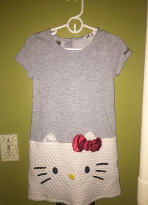 H&M girls hello kitty dress for Sale in Hoquiam, WA
