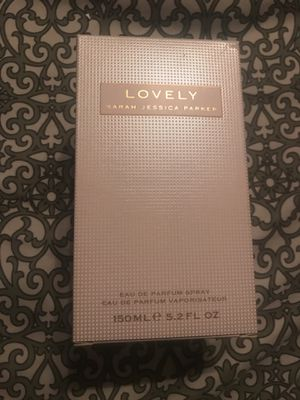 'Lovely' by Sarah Jessica Parker (New- Open Box) for Sale in Chicago, IL