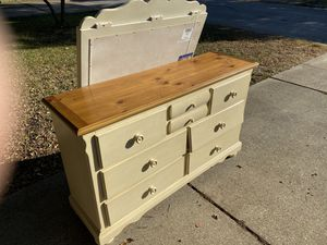 Girls Dresser - FREE for Sale in Arlington, TX