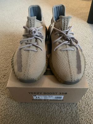 Adidas Yeezy 350 Earth for Sale in Fresno, CA