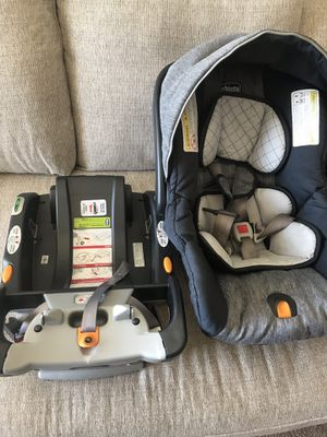 Chicco car seat for Sale in Seattle, WA