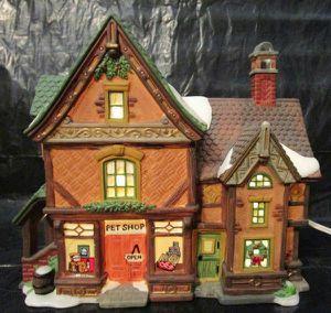 Heartland Valley Village Porcelain Lighted House Pet Shop 1999 for Sale in Phoenix, AZ