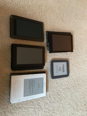 Mixed lot of kindles and nook (FOR PARTS) for Sale in Falls Church, VA