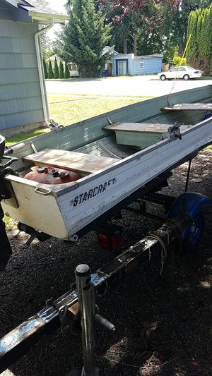 12 ft star craft aluminum,motor,trailer. for Sale in Marysville, WA