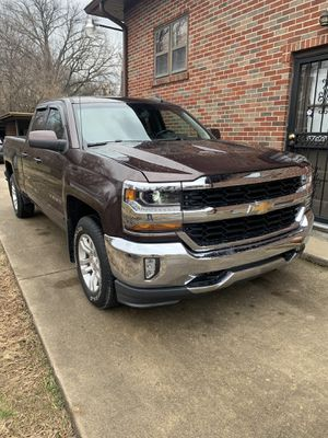 2016 Chevy Silverado 4x4 for Sale in Louisville, KY