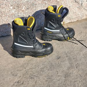 Terra waterproof work boots. Sz 10 for Sale in Milton, MA