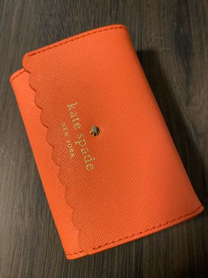 Kate spade coral card wallet for Sale in Pumpkin Center, CA