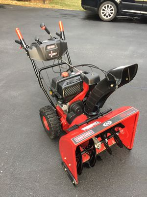 """Craftsman 26"""" Gas Powered Snowblower - LIKE NEW CONDITION for Sale in Woodbine, MD"""