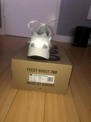 Adidas Yeezy 700 V2 Static for Sale in Los Angeles, CA
