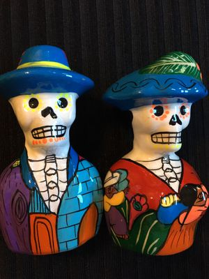 Hand Painted Día de Muertos Salt Shakers - Saleros de Dia de Muerto Pintados a Mano for Sale in Chicago, IL