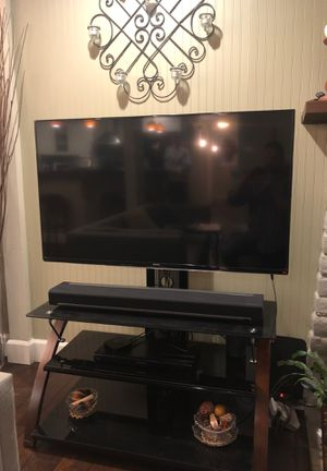 Samsung UN48h6350 LED TV + stand for Sale in Kirkland, WA