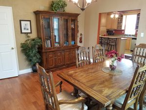 Complete Dining Set! for Sale in Stafford, VA