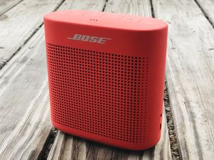 Bose SoundLink Bluetooth Speaker II - Coral Red for Sale in Brentwood, TN