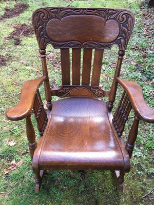 Antique Rocking Chair for Sale in Yelm, WA