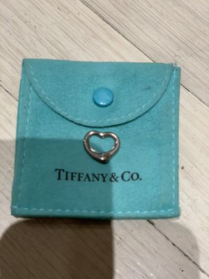 Tiffany & Co Elsa Peretti heart necklace for Sale in Los Angeles, CA