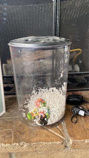 3 gallon fish tank for sale for Sale in Victorville, CA