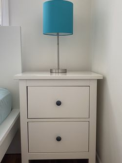 2 White Ikea Hemnes Chest of Drawers Nightstands Bedside Table Set and Teal Bedside Lamps for Sale in Santa Monica,  CA
