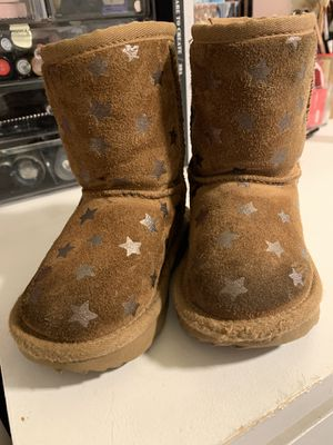 Toddler uggs for Sale in San Jose, CA