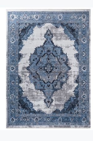 8x10 soft and silky rug for Sale in Beverly Hills, CA