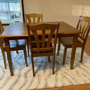 Dining Set, Dining Table, Kitchen Table for Sale in Yelm, WA