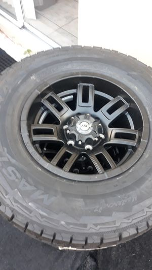 "Brand new set of 4 16""x8"" Black series rims and mastercraft courser AXT LT265/75/16 tires. 6 lugs for Sale in Miami, FL"