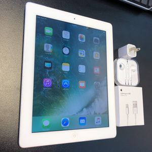 Ipad 4 16gb wifi+cellular w/accessories & warranty for Sale in Lawrenceville, GA