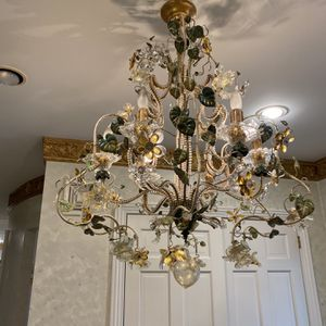 Cute and Colorful Floral Chandelier for Sale in Brooklyn, NY