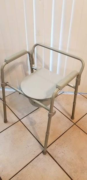Drive Medical Steel Bedside Commode for Sale in Peoria, AZ