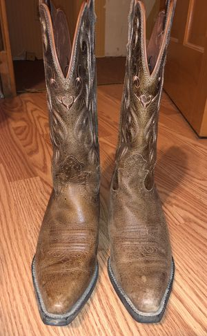 Justin Cowgirl Boots for Sale in Olmsted Falls, OH