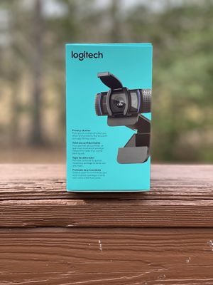 Logitech C920s Pro HD 1080p Webcam with BUILT IN MICROPHONE for Sale in Lorton, VA