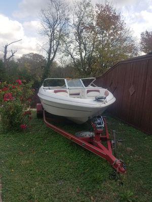 """2002 Gastron 18"""" ski& fishing boat for Sale in Dallas, TX"""