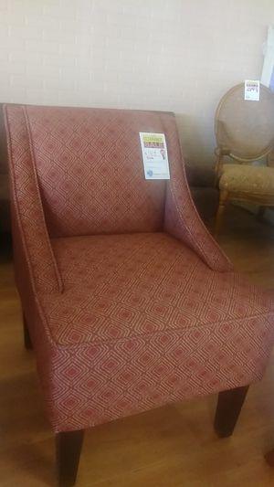 Accent chair for Sale in Phoenix, AZ