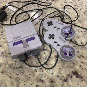 Super Nintendo Classic Edition Mini for Sale in Miami, FL