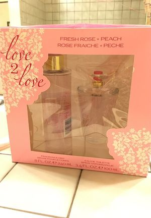 LOVE 2 LOVE Gift set. Fresh Rose and peach. for Sale in Ogden, UT