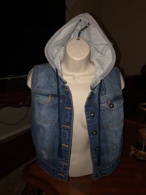 Gently used stretchy hoodie jean jacket size large $25 Firm for Sale in Laveen Village, AZ