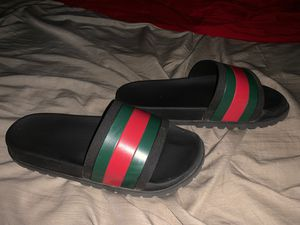 Gucci Flip Flops for Sale in Moreno Valley, CA