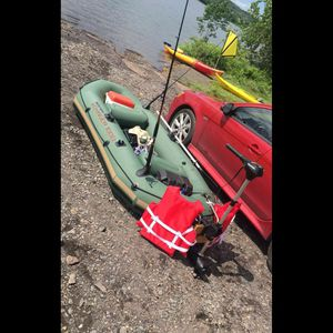 Inflatable Boat With 55 Lb Thrust Motor for Sale in Philadelphia, PA